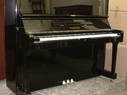 Yamaha U3 Full Upright Piano
