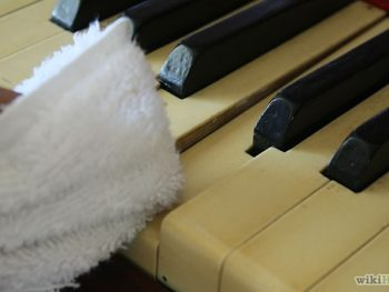 Cleaning Your Piano